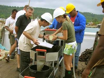 Accompagnement de l'expédition Santo2006