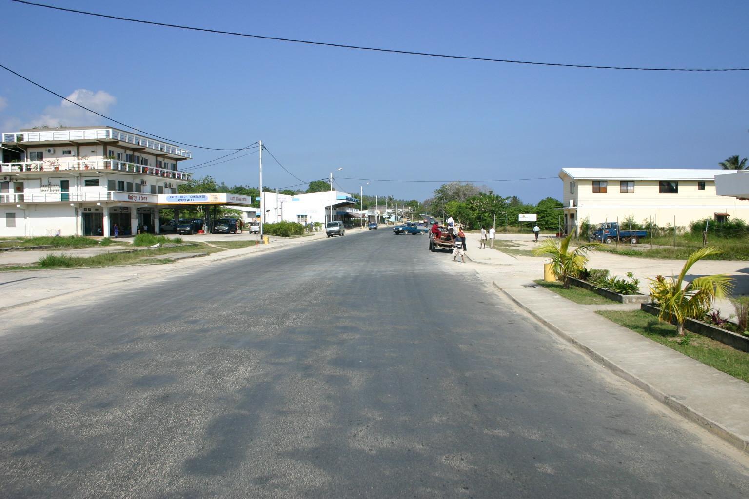 Rue principale de Luganville