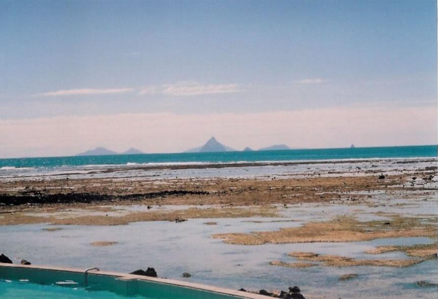 Vue des îles Malekula, Epi et Emae (photo Marie Lory)
